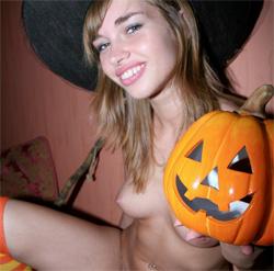 Primo Porno Halloween per Figlia Troia!